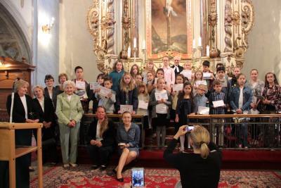 2016.06.12. Gyermek bibliakörösök szolgálata, oklevelek kiosztása