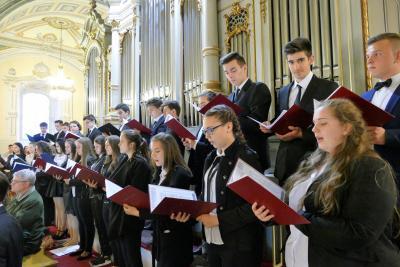 2018.04.15. Zenés áhítat a Nyíregyházi Művészeti Szakgimnázium növendékeivel